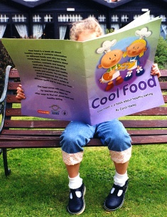 reading cool food